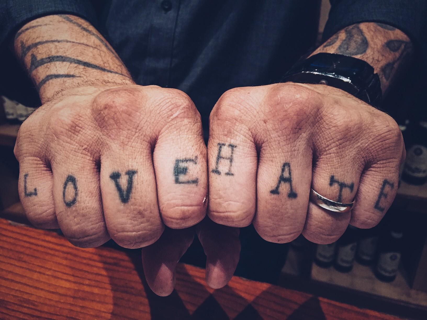 Amour et haine